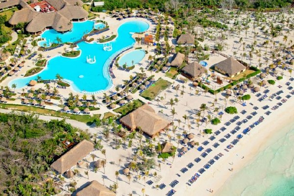 Grand Palladium Kantenah/Colonial Resort& Spa