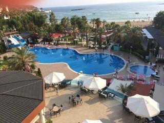 Hotel Numa Beach