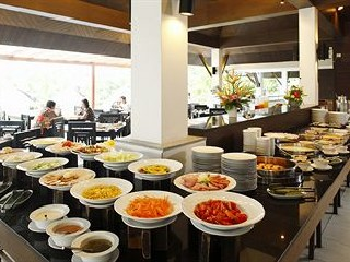 Hotel Peace Laguna Resort