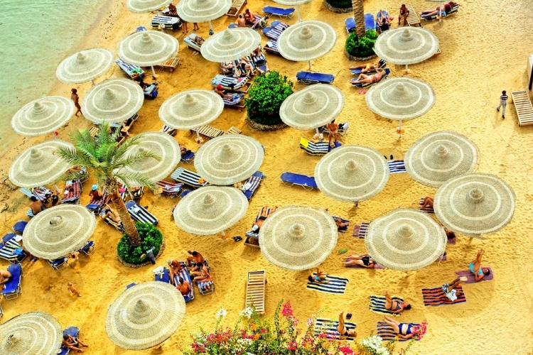 king-tut-aqua-park-beach-hurghada-egipt-oferta-vacanta-5.jpg