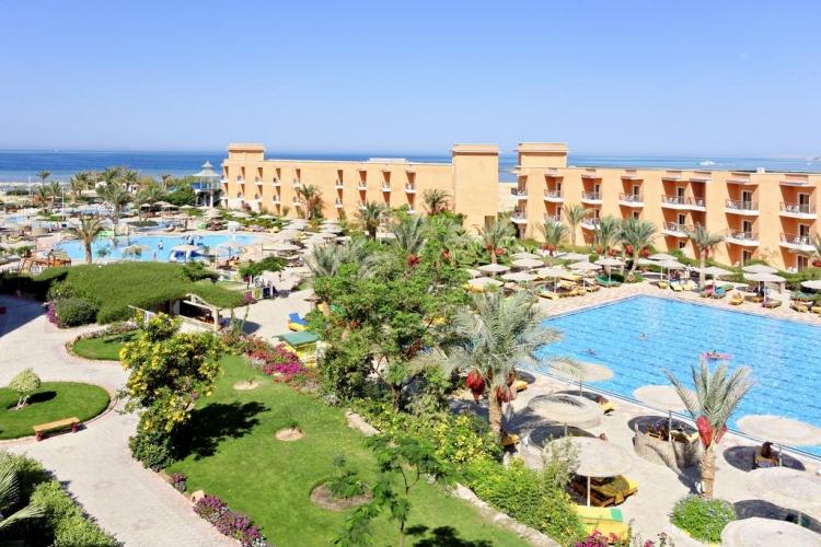 the-three-corners-sunny-beach-resort-oferta-vacanta-1.jpg